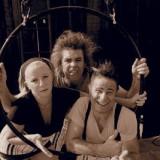 K-mal-barre-Creation-Compagnie-Cri-O-Lane-Circus-Bouzy-ALaUne