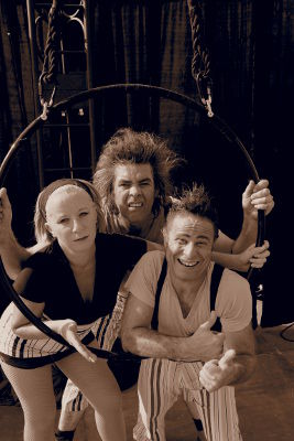 K mal barré Création Compagnie Cri-O-Lane Circus Bouzy